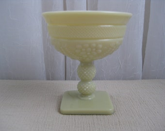 Vintage 1940's Victorian Chroma Custard Glass Champagne Sherbet Imperial