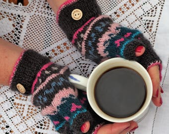 Fairisle fingerless mittens