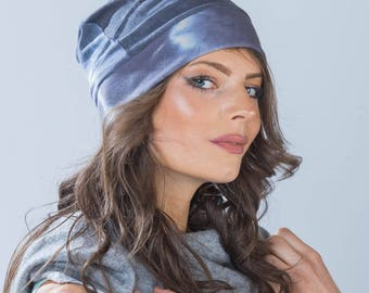 Bamboo slouchy beanie shibori hat.  Pleated & hand dyed in navy.Perfect for cycling, beach, cruise and everyday ! from Simmer Clothing