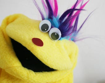 Sock Puppet Hand Puppets Christmas Gift Party Puppet  Puppet Doll Puppet Theater Therapy Puppet Educational Puppet Yellow Monster