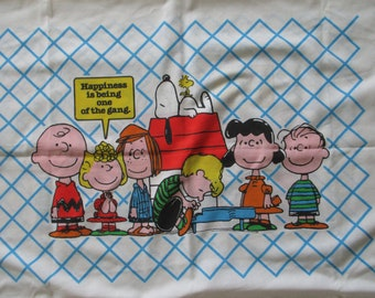 Vintage Peanuts Pillowcase, Charlie Brown and The Gang Pillowcase, Happiness Is Being One Of The Gang Pillowcase, Peanuts' Gang Pillowcase