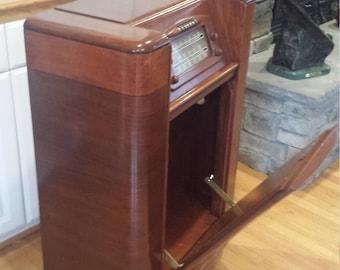 Vintage Philco Radio Cabinet