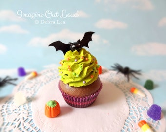 Fake Cupcake Halloween Black Bat Sprinkles Trick or Treat Cupcake Display Decor