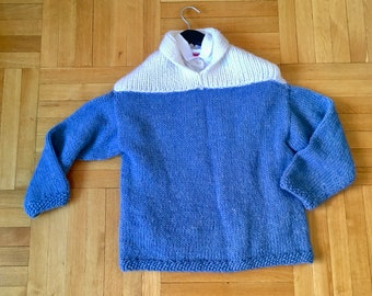 Hand knit retro style sweater size S/M