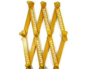 Wooden Peg Rack Expanding rack Accordian rack Wooden Towel Rack Yellow Kitchen Rack