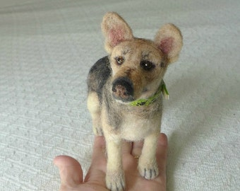 Mans Best Friend / Miniature Custom Pet Portrait by Gourmet Felted / Large size / unique gift / poseable German Shepherd