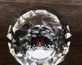 Amsterdam souvenir crystal ball Heldaftig - vastberaden - barmhartig