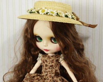 """Blythe Premium straw doll hat, XL size, DIY sailor hat with daisys for Blythe and other dolls, for head circumference 10-11.5"""""""