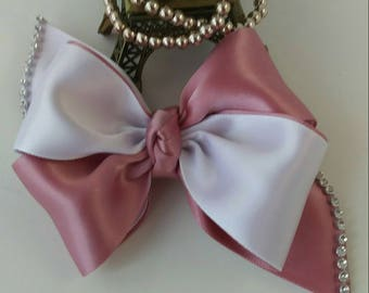 handmade bow, pin-champagne bow, elegant bow.