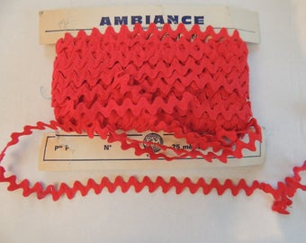 Red zig zag Ribbon cotton width 1.5 cm sold by the yard