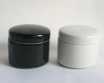 Japanese vintage lidded pot, canister,jar,TACHIKICHI