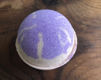 Dogwood and Ginger Bath Bomb