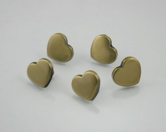 10 sets. Brush Brass Heart Studs Rivets Leathercraft Decorations Findings 13 mm. HT BB13 8 SC