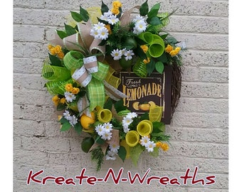 Frontdoor Wreath, Spring Summer Wreath, Lemon Summer Wreath, kitchen wreath, Indoor Wreath, Decomesh Wreath, Grapevine Wreath, Floral Wreath