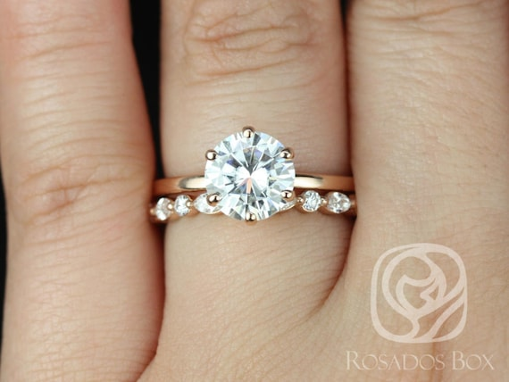 Rosados Box Elaine 8mm & Cher 14kt Rose Gold Round F1- Moissanite and Diamonds Six-Prong Skinny Wedding Set