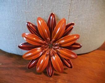 Vintage 1960s to 1970s Brown/Rust Colored Enamel Flower Pin/Brooch Retro Flower Power