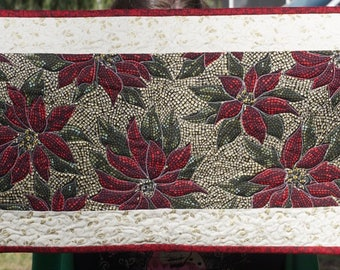 Holiday Poinsettia Table Runner