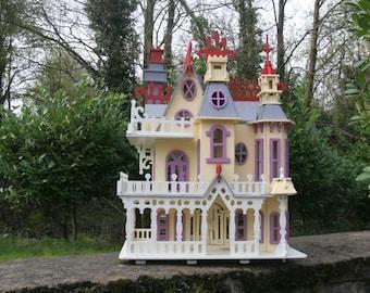 Fantasy Villa Dolls House
