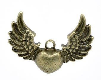 SET of 4 heart pendant charms winged bronze (R18)