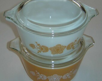 """Vintage Two (2) PYREX """"BUTTERFLY GOLD"""" Casseroles  # 472 & #473 with Two (2) Glass Lids # 470 - Retro - Circa 1960's"""