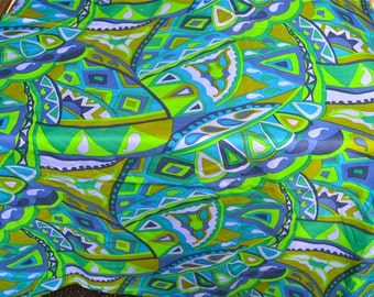 Vintage Fabric - Mod VHY Hawaii Print in Green and Purple - By the Yard