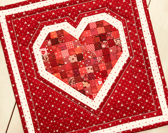 Petite Patch Heart Mini Quilt PDF pattern