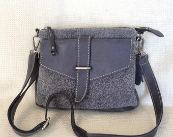 15% OFF SALE Vintage ROOTS Canada gray leather cross body messenger bag