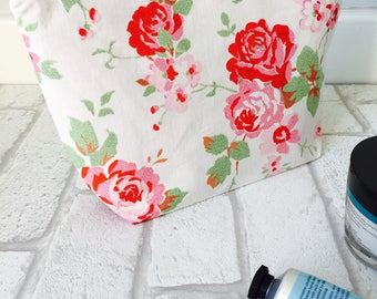 Rose makeup bag, Floral cosmetic pouch, flower makeup organiser, Cath Kidston makeup bag, Mother's Day gift, stocking filler, holiday