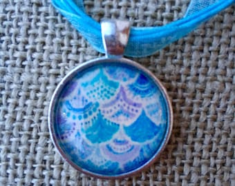 pendent necklace | glass pendent | mermaid scale | mermaid jewelry | necklace