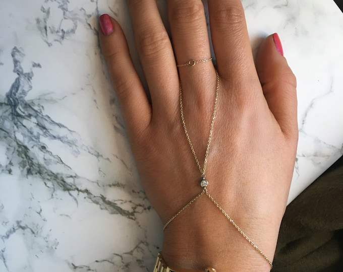 Diamond Samantha Hand Chain in 14k Gold