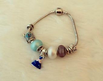A Cinder princess bracelet