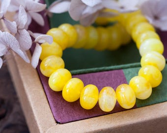 Vintage Lucite Beads Lemon Yellow Swirl Rondelle Beads 10x7mm