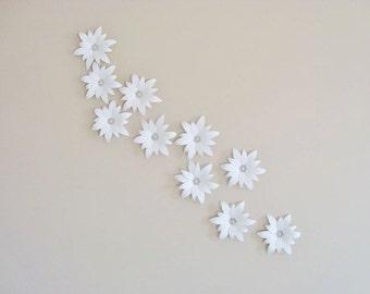 Paper Flower Lilies - Set of 10 | Paper Flowers | Paper Lily | Paper Lilies | Paper Flower Wall | Paper Flower Wedding | Flower Wall Art