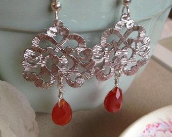 Silver Filigrama earring with Carnelian drops