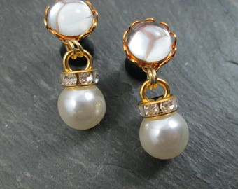 Dainty Wedding Plugs - 10g - 8g - 6g - 4g - 2g - 0g - Bridal Gauges - Rhinestone Plugs - Plug Earrings  -Pearl Plugs - Rhinestone and Pearl