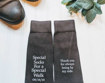 Step dad of the Bride gift, father of the bride gift, father of the bride shirt, Wedding socks, special socks, step dad gift from bride.