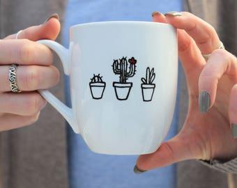 tasse de cactus, succulente tasse, mug noir et blanc, minimaliste tasse, mug, tasse de café unique, tasse à café mignon, tasses à café, tasse peinte à la main, tasses