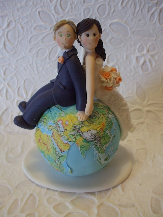 personalised wedding cake figurines custom and groom travel wedding cake topper 18233