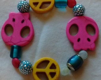 Beaded Bracelet with Skull and Peace Beads