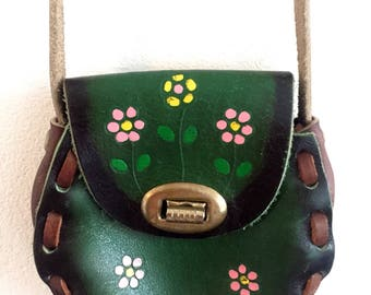 Girls/vintage/leather/purse/boho/bag/flowers/hippie