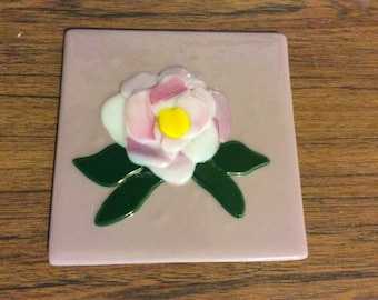 """6"""" x 6"""" peony floral fused glass tile"""