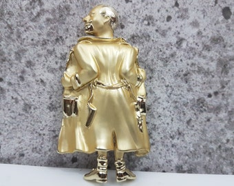 "Man in Robe Flashing, Socks & Shoes, Inscribed Inside the Robe ""You Looked Ha Ha!!"" Adult Novelty Humour, Lapel Pin, Brooch, Gold Tone, Fun"