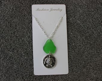 28'' Green Glass Turtle Necklace