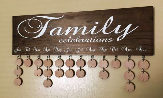 Family birthday board with natural discs birthday calendar fc001n