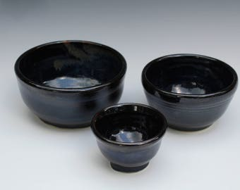 Nesting Set of Black Bowls