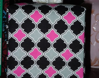 Ready To Ship - Pink Gray and Black Quarterfoil Print Pattern - Fabric Tissue Box Cover