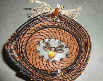 BEE  pine needle basket  5 X 5 X 2.5''