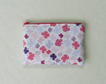 Zipper pouch - Makeup bag - Cosmetic bag - Travel pouch - Pencil case  - Lucky clovers -  Fun makeup bag - Pink fabric zipper pouch