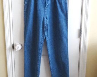 1980s Misses' Denim Jeans by Eddie Bauer, Size 12, Mom Jeans, High Waist, Pleats, Side Slant Pockets, Medium Blue,  Vintage Clothing