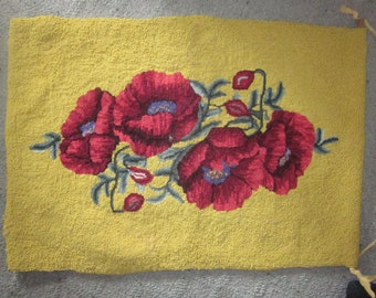 vintage hooked rug/ wall hanging, poppies,,,absolutely gorgeous hooked rugs